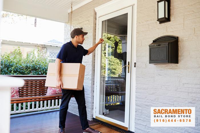 tips-for-dealing-with-door-to-door-scams